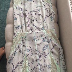 BCBGMaxAzria Dresses - Bcbg maxazria floral print green dress size 4
